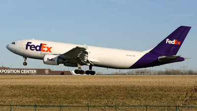A picture of N675FE - Airbus A300F4605R - FedEx - © DJ Reed - OPShots Photo Team