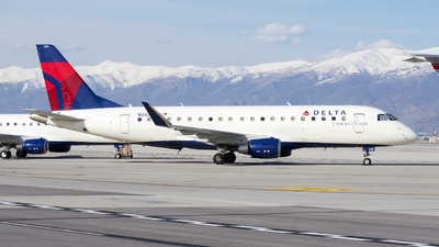 A picture of N242SY - Embraer E175LR - Delta Air Lines - © Michael Rodeback