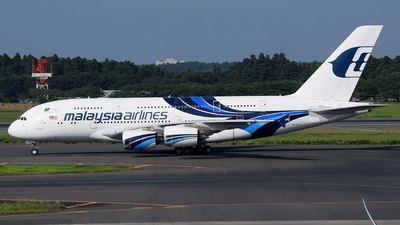 A picture of 9MMNB - Airbus A380841 - Malaysia Airlines - © Luozomi