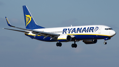 A picture of EIDHZ - Boeing 7378AS - Ryanair - © András Soós