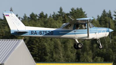 RA-67520 - Cessna 152 - Private