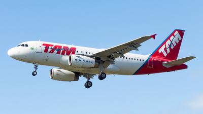 PT-TMI - Airbus A319-132 - TAM Linhas Aéreas