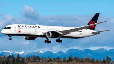 A picture of CFRTU - Boeing 7879 Dreamliner - Air Canada - © Derek MacPherson