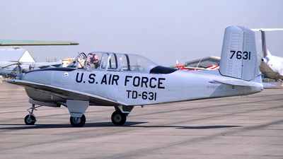 N2807D - Beechcraft T-34A Mentor - Private