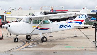 N9424E - Cessna 172N Skyhawk - California Aeronautical University