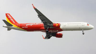 A picture of VNA639 - Airbus A321211 - VietJet Air - © Quang_Minh_024