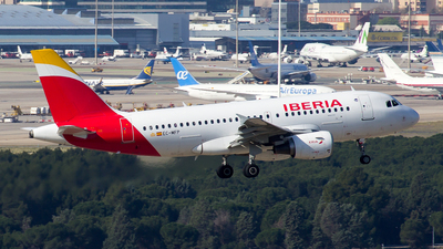 A picture of ECMFP - Airbus A319111 - Iberia - © Alejandro Gutierrez Martin
