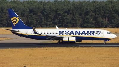 A picture of EIDYZ - Boeing 7378AS - Ryanair - © Marcel Schmidt