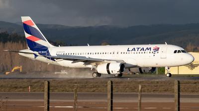 CC-BAK - Airbus A320-233 - LATAM Airlines