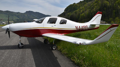 N44BG - Lancair IV-P - Private