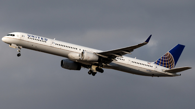 A picture of N57857 - Boeing 757324 - United Airlines - © Michael Place