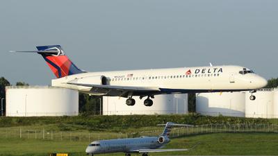 N926AT - Boeing 717-2BD - Delta Air Lines