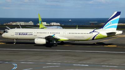 HL7763 - Airbus A321-231 - Air Busan