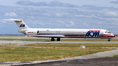 F-GGMD - McDonnell Douglas MD-83 - AOM French Airlines