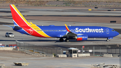 N8578Q - Boeing 737-8H4 - Southwest Airlines