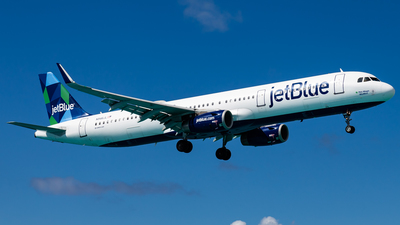 A picture of N946JL - Airbus A321231 - JetBlue Airways - © Brandon Giacomin