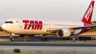 A picture of PTMSZ - Boeing 767316(ER) - LATAM Airlines - © KonradWyszynski
