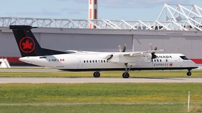 C-GGFJ - Bombardier Dash 8-Q402 - Air Canada Express (Jazz Aviation)
