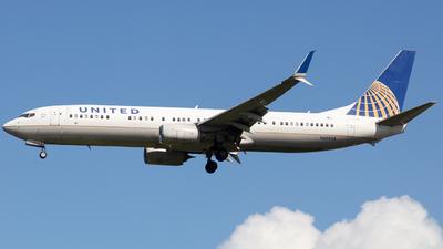 N69824 - Boeing 737-924ER - United Airlines