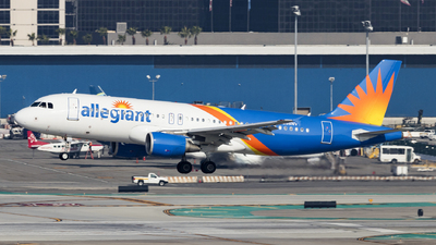 A picture of N238NV - Airbus A320214 - Allegiant Air - © David Lee