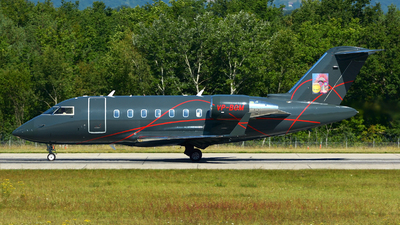 VP-BGM - Bombardier CL-600-2B16 Challenger 605 - Elitavia