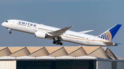N45956 - Boeing 787-9 Dreamliner - United Airlines