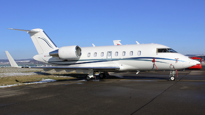 C-FCDE - Bombardier CL-600-2B16 Challenger 605 - Skyservice Business Aviation