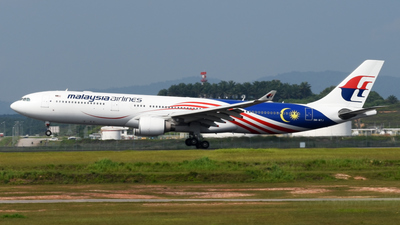 9M-MTJ - Airbus A330-323 - Malaysia Airlines