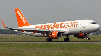 G-EZWT - Airbus A320-214 - easyJet