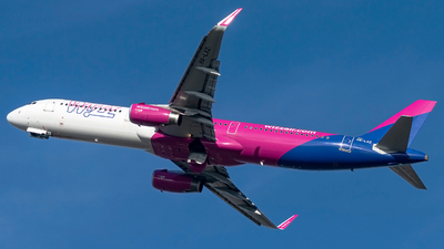 HA-LXZ - Airbus A321-231 - Wizz Air