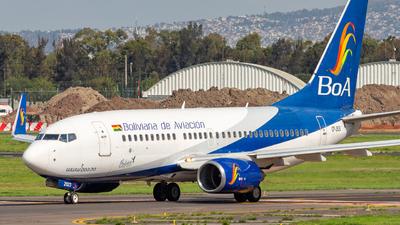 A picture of CP2923 - Boeing 7377Q8 - Boliviana de Aviacion - © Hans Bravo