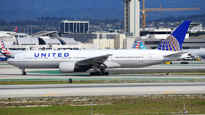 A picture of N212UA - Boeing 777222 - United Airlines - © Michael Rodeback