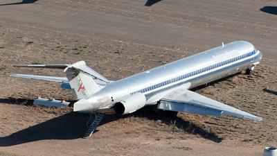 N424AA - McDonnell Douglas MD-82 - Untitled
