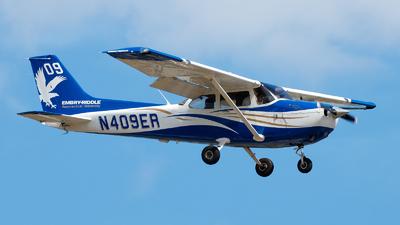 N409ER - Cessna 172S Skyhawk SP - Embry-Riddle Aeronautical University (ERAU)