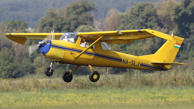 HA-SLJ - Cessna 150F - Private