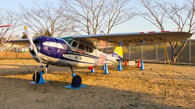 JA3007 - Cessna 195 - Private