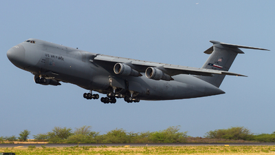 69-0002 - Lockheed C-5A Galaxy - United States - US Air Force (USAF)