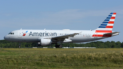 N127UW - Airbus A320-214 - American Airlines
