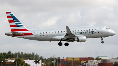 A picture of N431YX - Embraer E175LR - American Airlines - © Sotos
