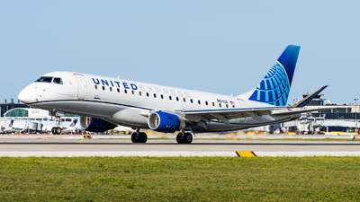 N611UX - Embraer 170-200LL - United Express (ExpressJet Airlines)