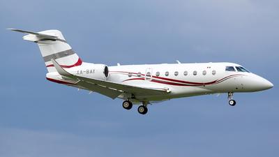 A picture of XABAY - Gulfstream G280 - [2007] - © Roberto Tirado