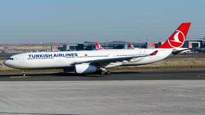 TC-LOC - Airbus A330-343 - Turkish Airlines