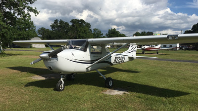 N2250J - Cessna 150G - Private