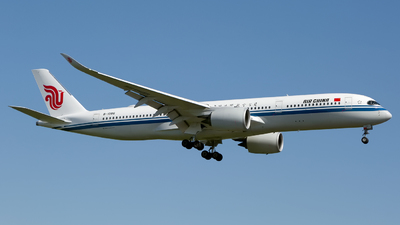 A picture of B1086 - Airbus A350941 - Air China - © Chris Pitchacaren