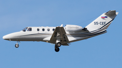 S5-CEF - Cessna 525 Citationjet CJ1 - Private