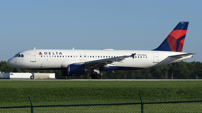 A picture of N354NW - Airbus A320212 - Delta Air Lines - © DJ Reed - OPShots Photo Team