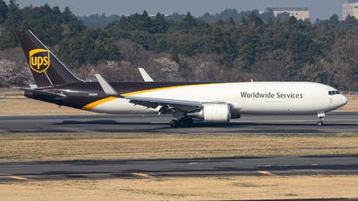 A picture of N352UP - Boeing 76734AF(ER) - UPS - © Yukemaro