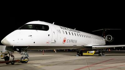 A picture of CFJQZ - Mitsubishi CRJ900LR - Air Canada - © Bharath Manvi