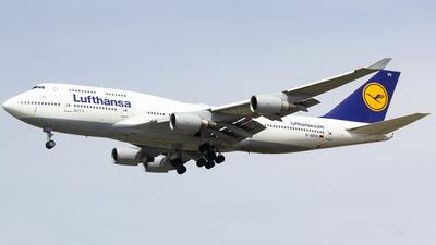 D-ABVO - Boeing 747-430 - Lufthansa