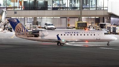 A picture of N701BR - Mitsubishi CRJ200ER - United Airlines - © Der Kölner